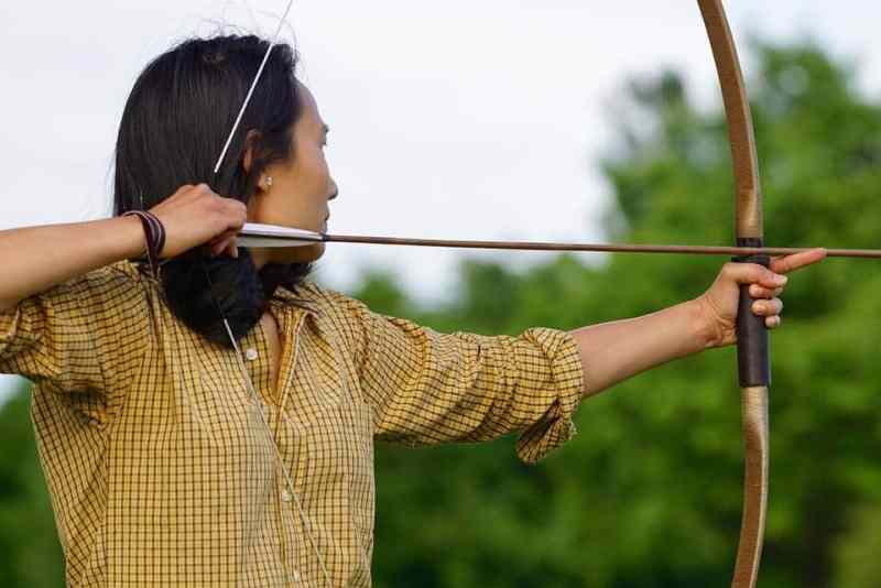 right handed recurve bow