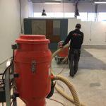 Betonvloer polijsten en impregneren showroom Nunspeet