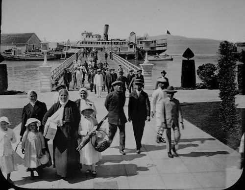 Immigrants arriving at Angel Island c. 1920 / www.sfgate.com