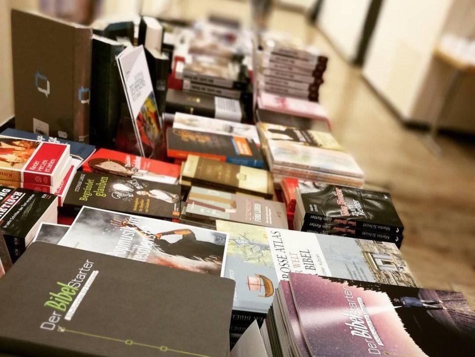 Büchertisch Betanien Verlag - cbuch.de