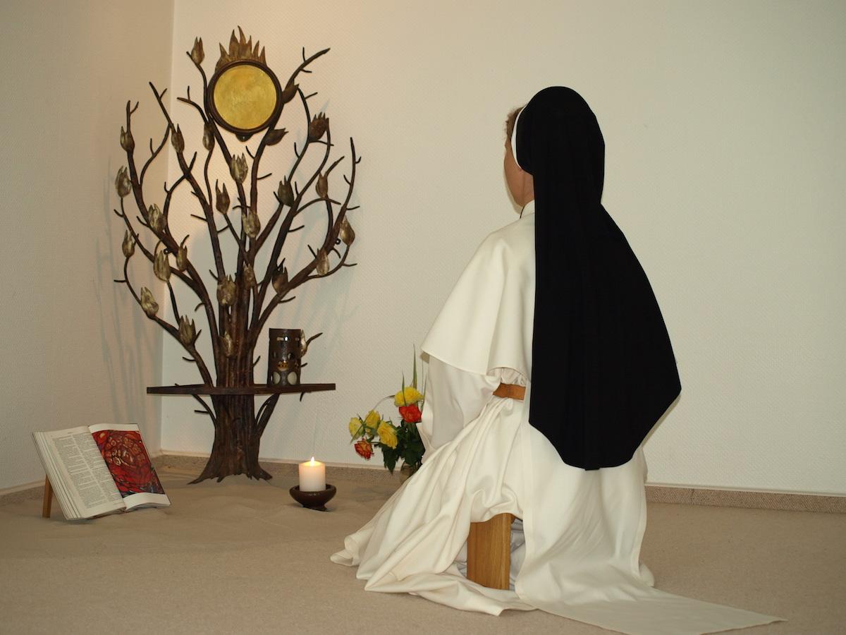 Schwester im Gebet