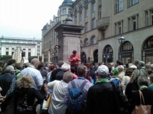 Willibert Pauels liest Goethe am Naschmarkt