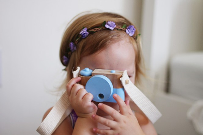 twig creative camera, toy camera, wooden toys, handmade toys, floral crowns toddlers