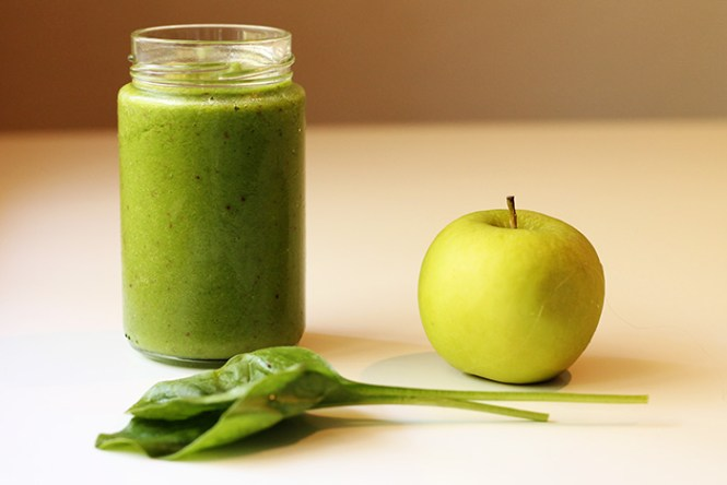 cleanse, smoothie, breakfast smoothie, green smoothie, spinach and kale smoothie