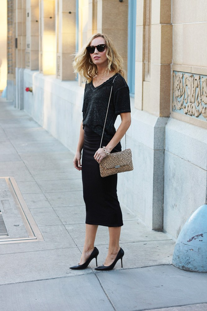 Leith t shirt, tube skirt, Fall outfit ideas, Mom Style Blog