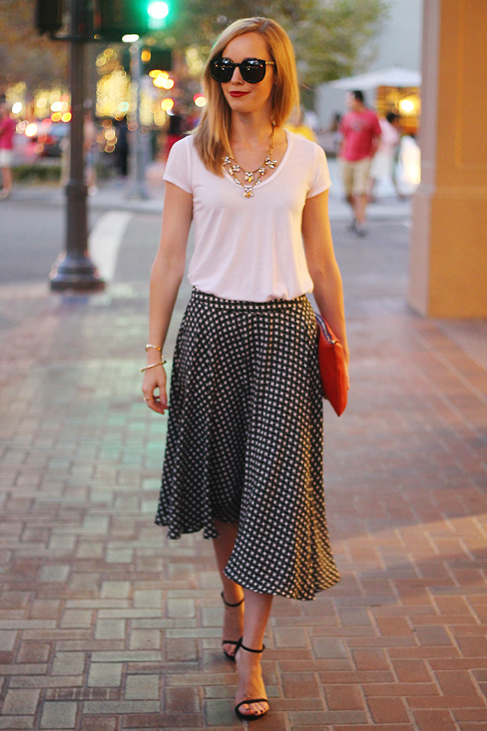 piperlime skirt, midi skirt, black and white shirt, stuart weitzman nudist sandal, susu clutch, red clutch, splendid tee, j.crew layered necklace