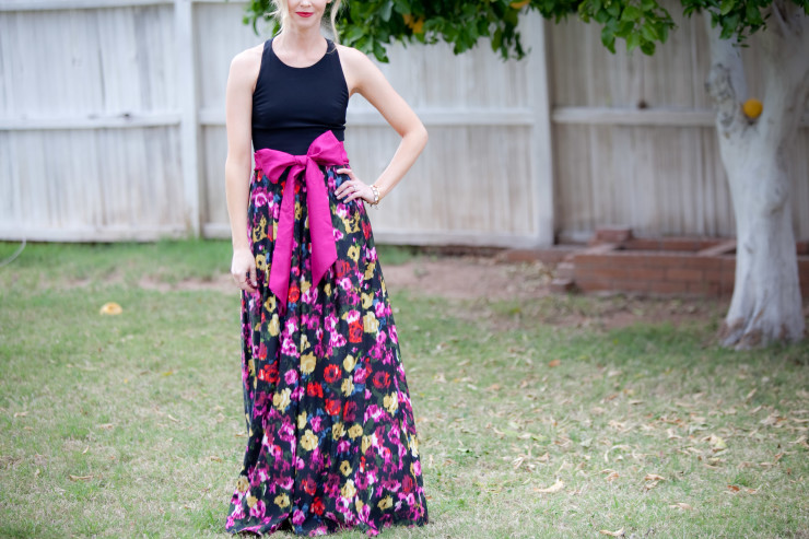 Floral dress with a bow