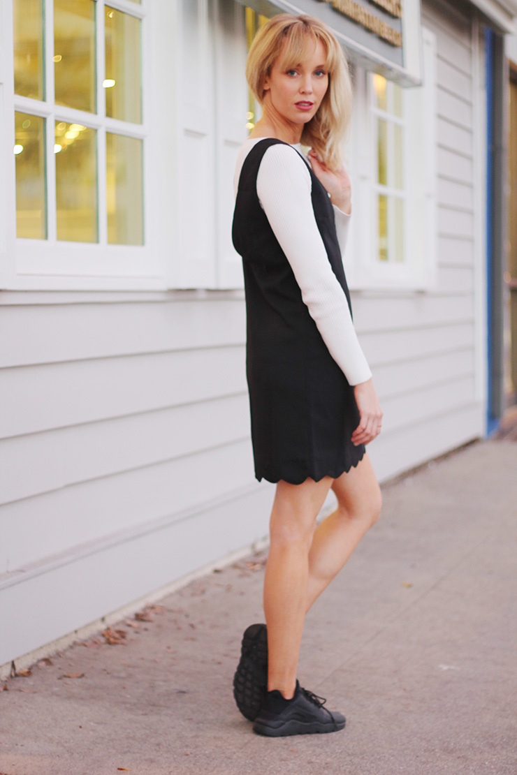 tee-shirt-under-dress