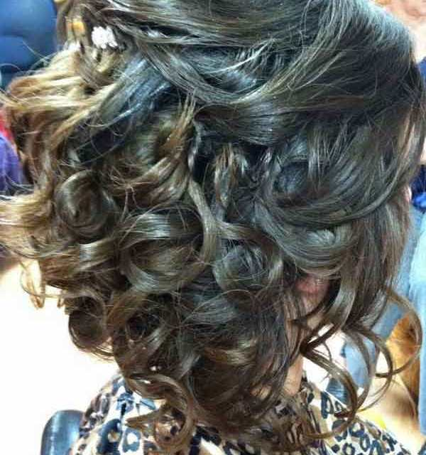 Pretty hair updo with curls for wedding