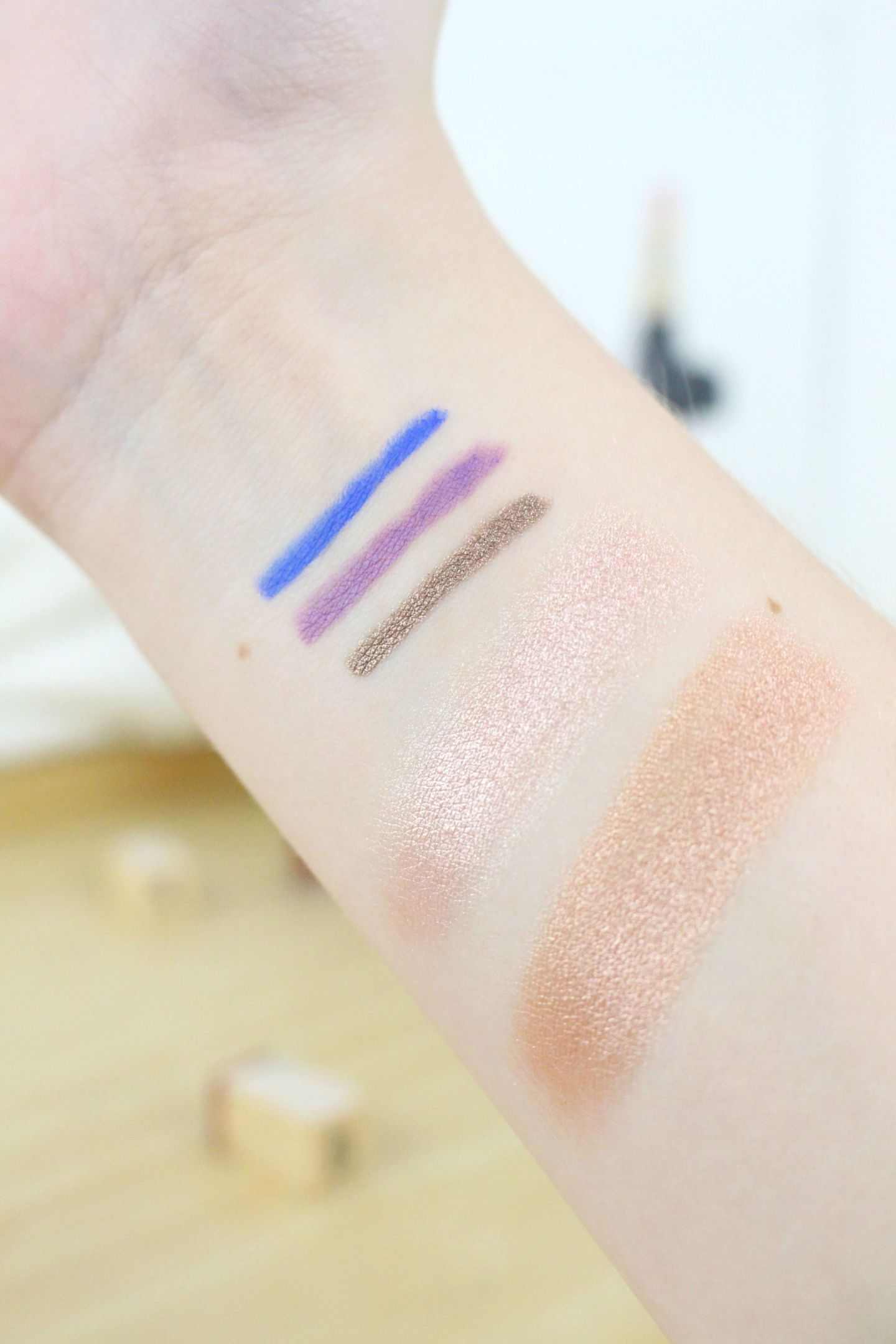 Pixi Party Essentials Glow-y Gossamer Duo and Endless Sky Liners