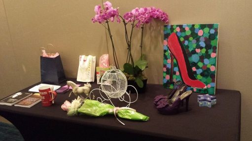 Center table The Cinderella Story: The Power of Shoes