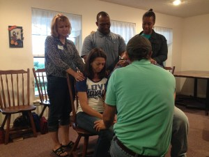 Todd, Vickie, Charlie & Veronica praying for Jane & Jim