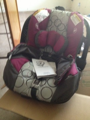 Evenflo, newborn car seat