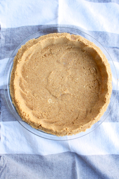 graham cracker crust for easy lemon pie