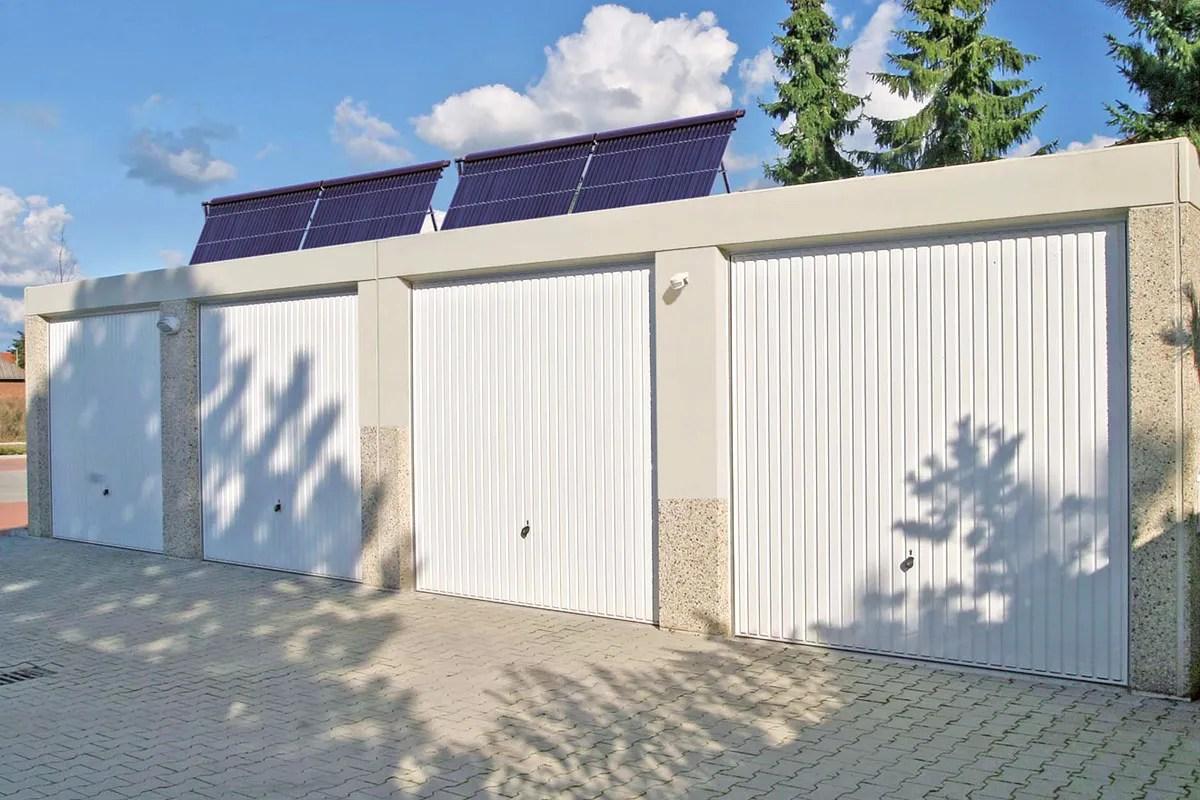 Betonfertiggaragen mit Solaranlage