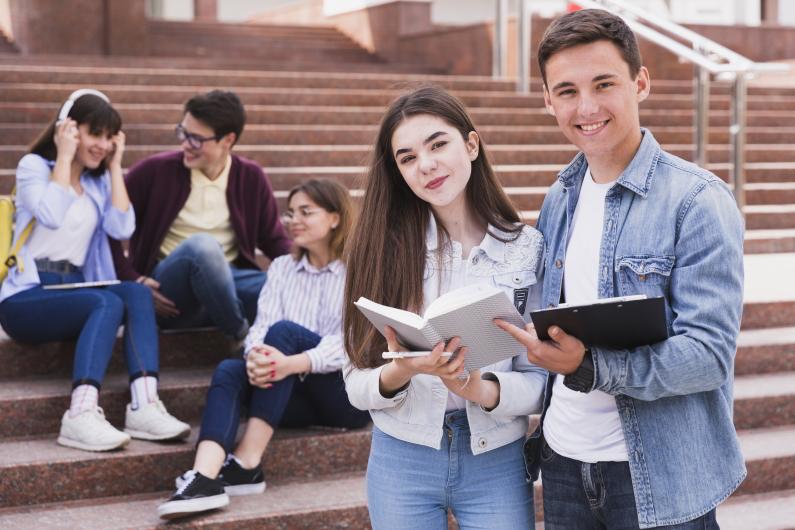 Facultés et universités de traduction à travers le monde