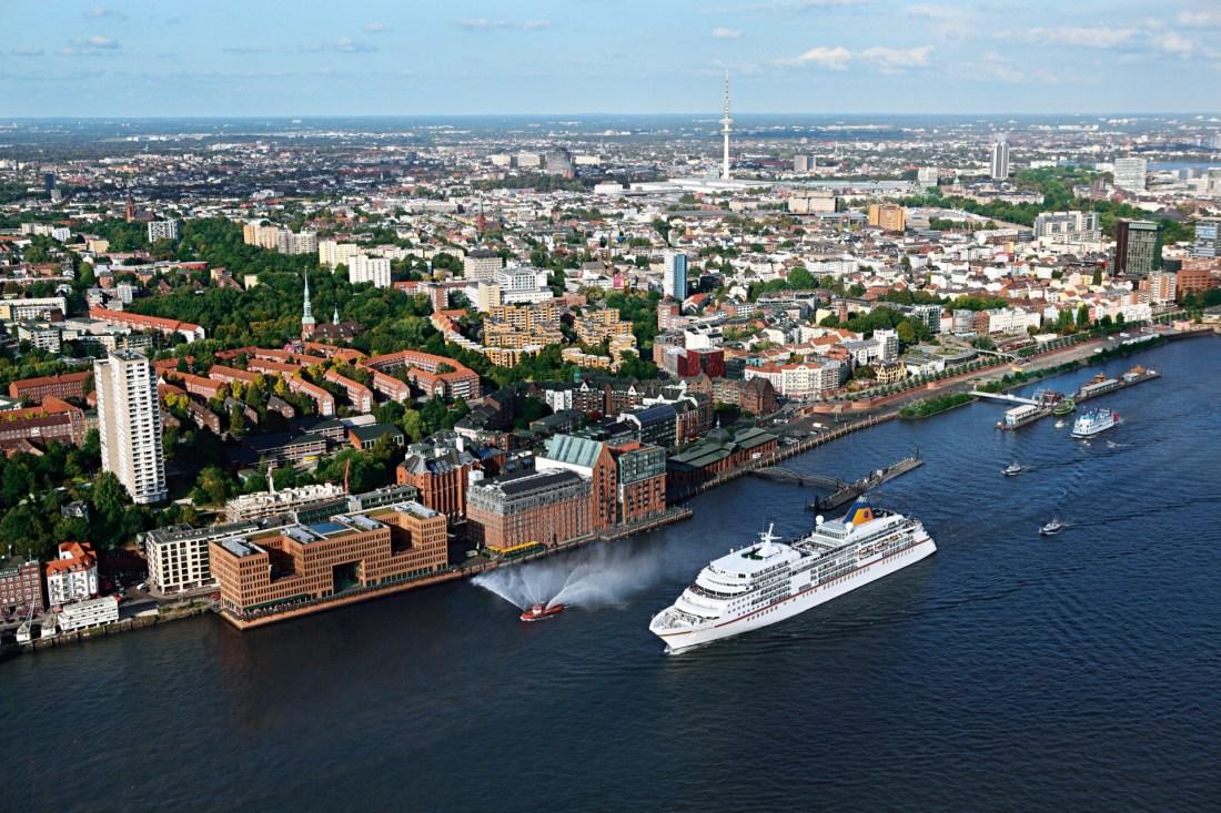 MS EUROPA in Hamburg