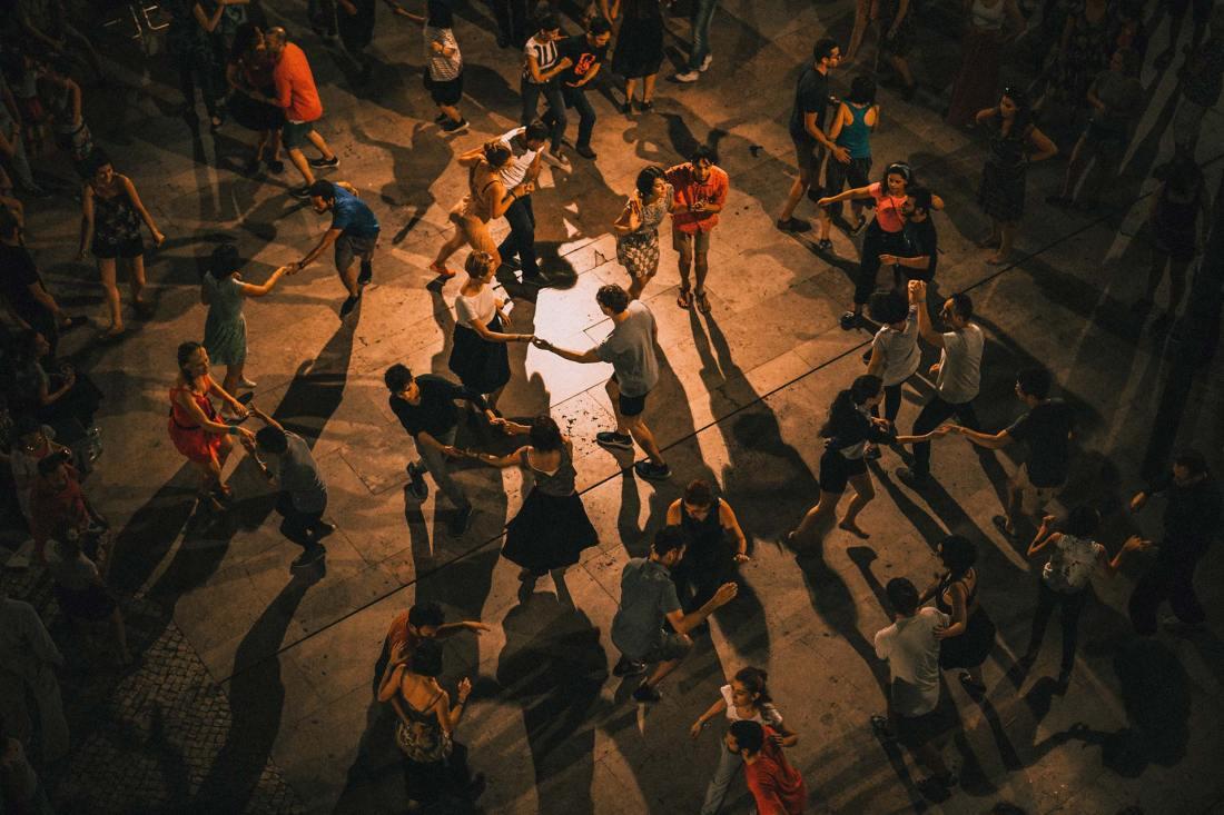 Tanz durch die Nacht in Lissabon
