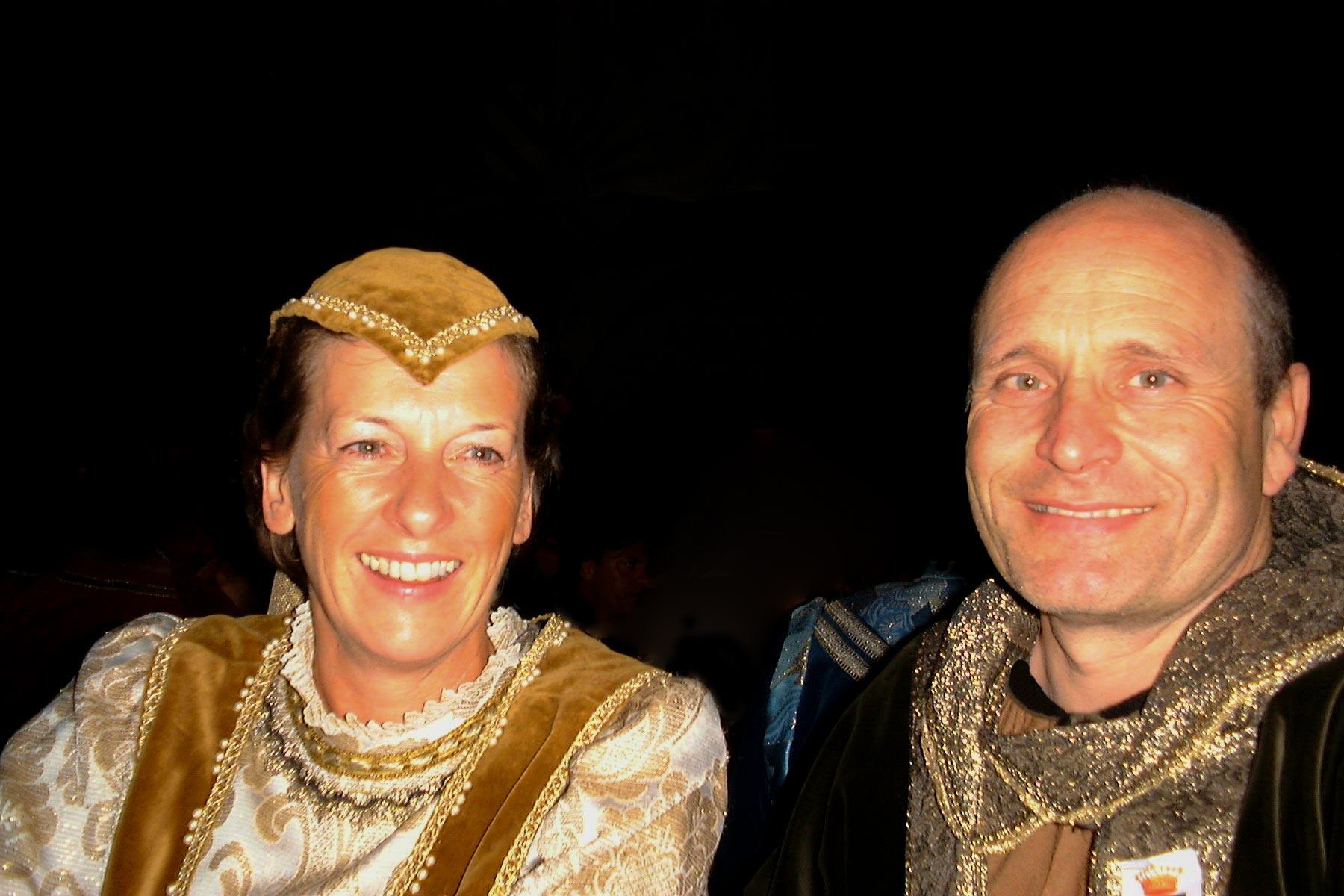 Mittelalterliches Fest der Renaissance auf Burganlage in Mondavio, Region Marche, Italien (1999)