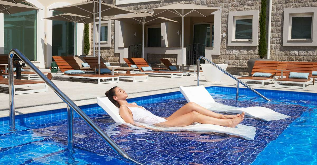 The Chedi Lustica Bay Outdoor Pool