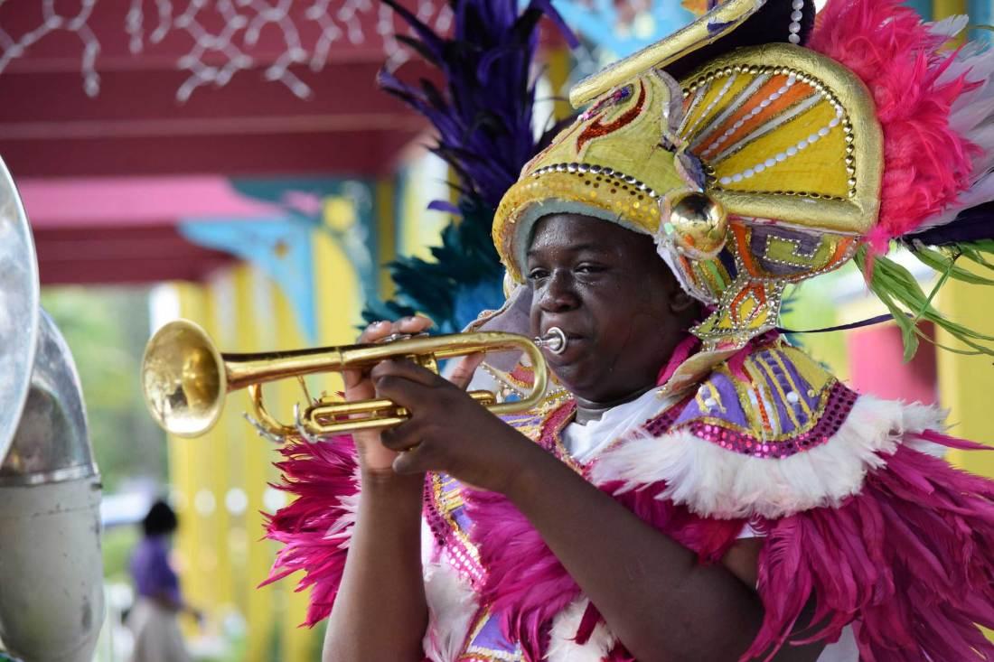 Farbenfroher Karneval in der Karibik