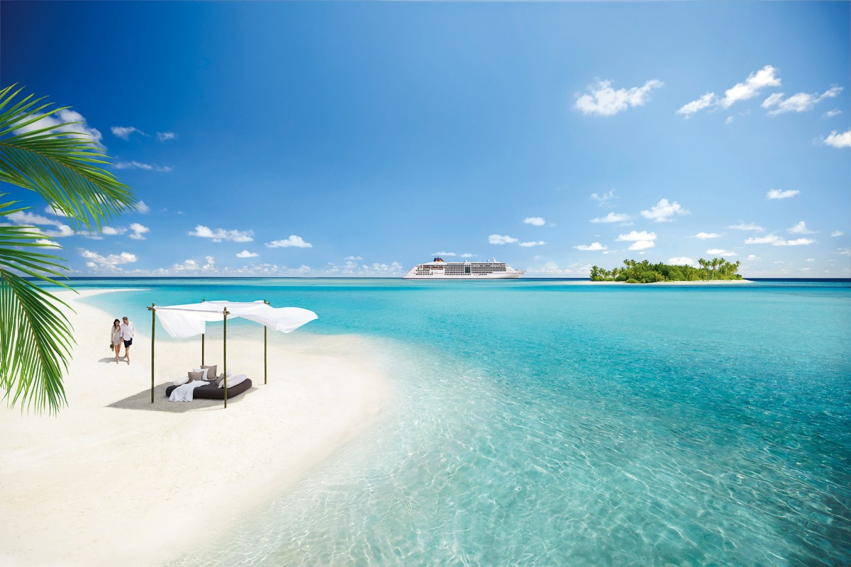 Die EUROPA 2 vor den Seychellen