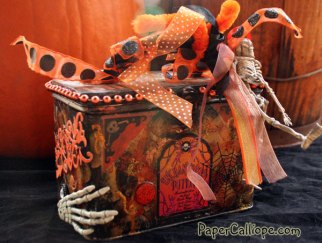 Halloween-tin-created-by-Betsy-Skagen-in-early-2000s-diagonal