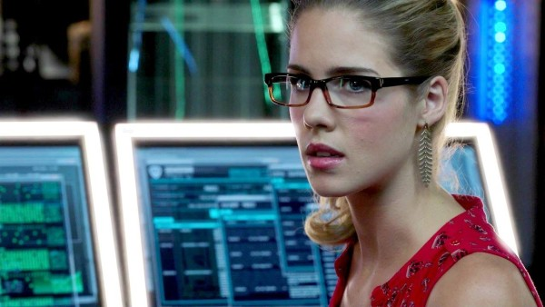 Felicity-Smoak-Arrow-600x338