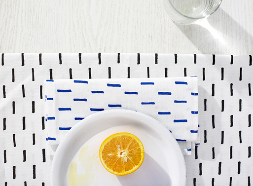 Grid and Rain Table Linens