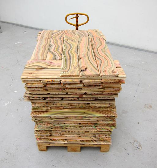 Marbelous Wood pallet
