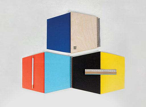 Trapecio Notebook, Color
