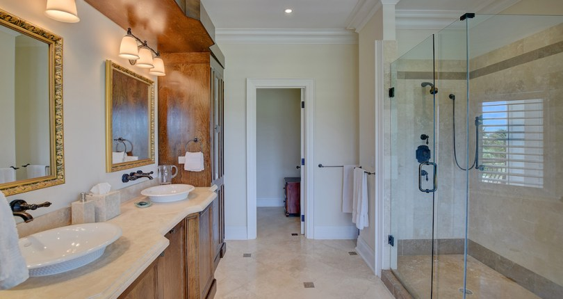 Things You Should Never Leave In The Bathroom | Bahamas Real Estate