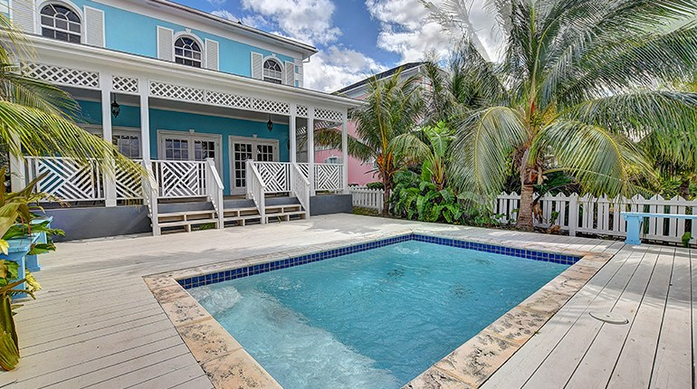 7 Pool Safety Tips to Ensure You Have a Splashing Good Time This Summer | Bahamas Real Estate