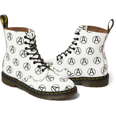 Supreme®/UNDERCOVER/Dr. Martens® Anarchy 8-Eye Boot (White)