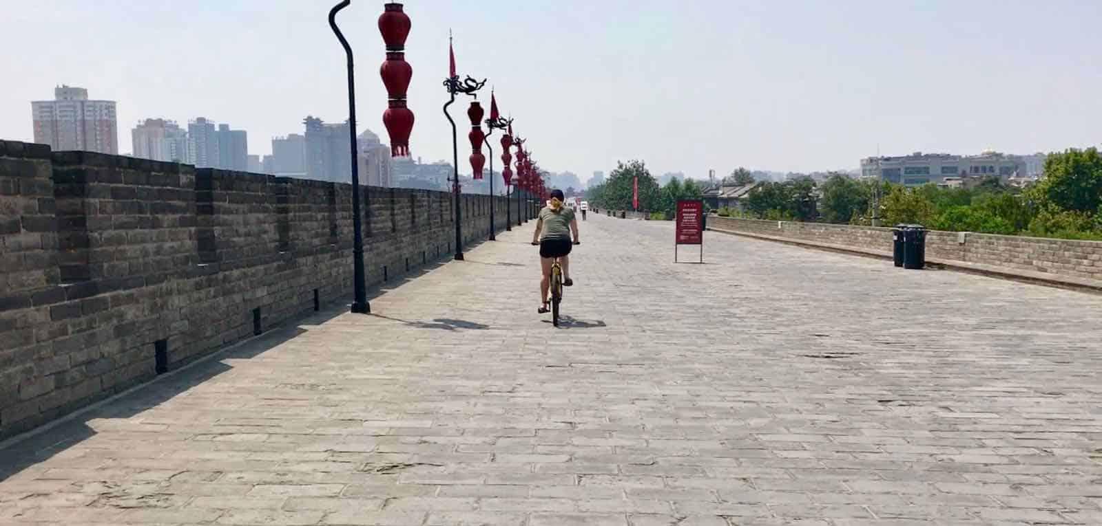 Hannah Cycling betternotstop Xian China