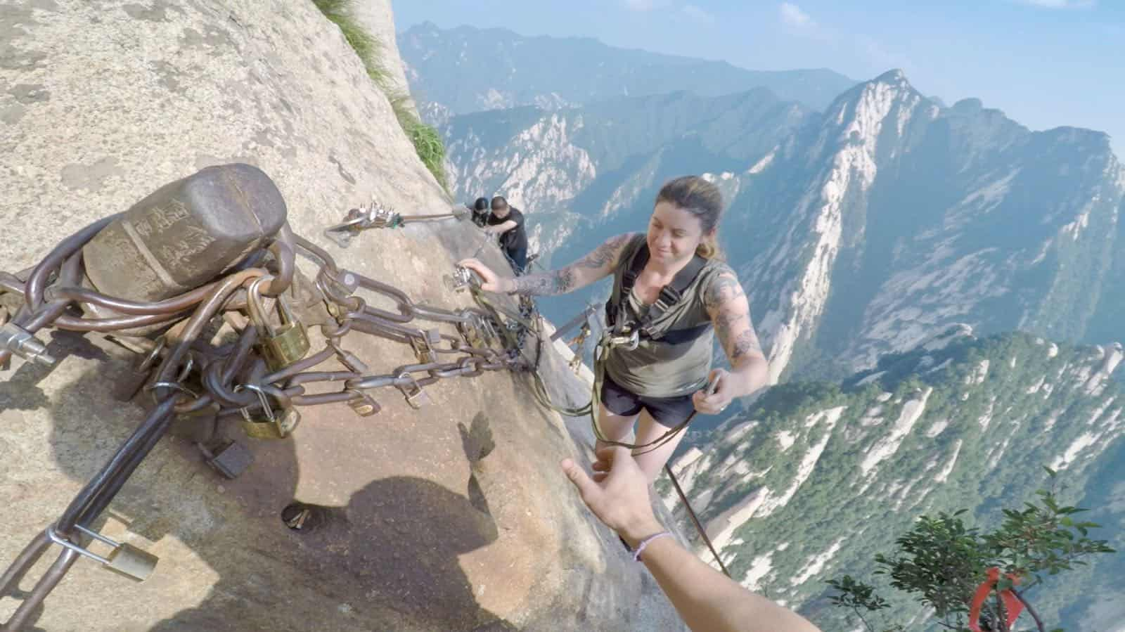 Hannah betternotstop China Hua Shan mountain plank walk betternotstop