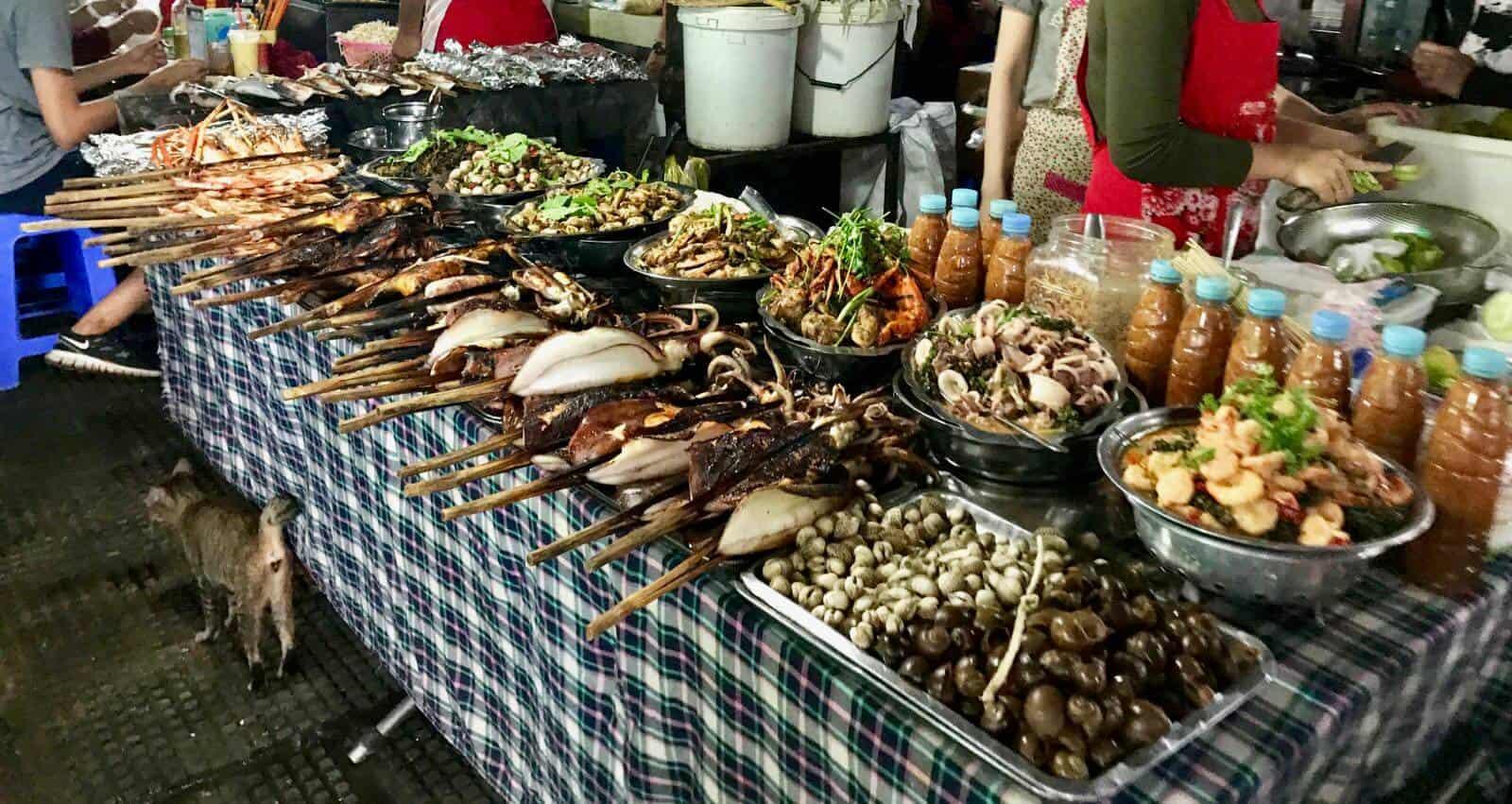 Phnom Penh betternotstop Cambodia Central Market