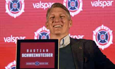 Bastian Schweinsteiger joins MLS side Chicago Fire