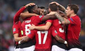 Manchester United v Paris SG - Champions League