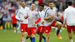 Football Soccer - Slovakia v England - EURO 2016 - Group B - Stade Geoffroy-Guichard, Saint-Étienne, France - 20/6/16 (L - R) England's Harry Kane, Wayne Rooney, Raheem Sterling and James Milner warm up before the match REUTERS/Lee Smith Livepic