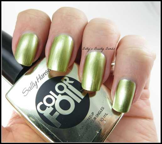 Sally-Hansen-Yellow-Gold-Swatch