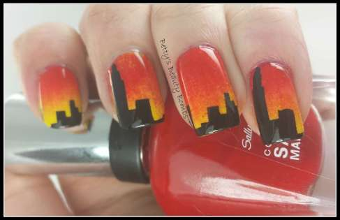 Sunset-Skyline-Nail-Art
