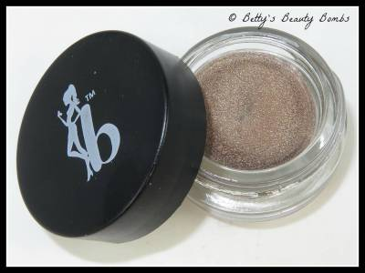 Be-a-bombshell-eye-base