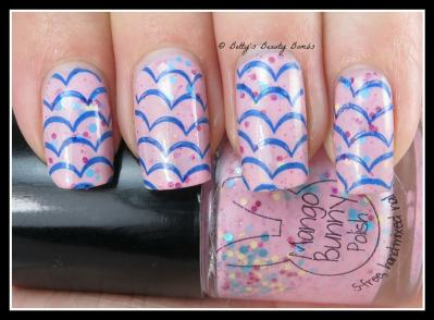 Blue-Scallop-Nail-Art