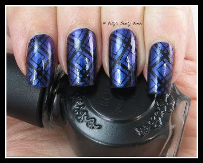 Plaid-Nail-Art