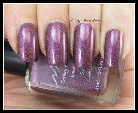Smokey-Mountain-Lacquers-Ho-ho-no