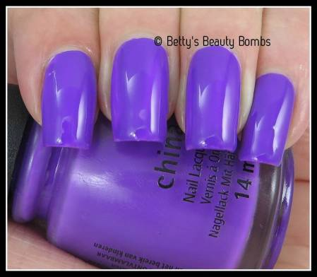 china-glaze-plurple-swatch