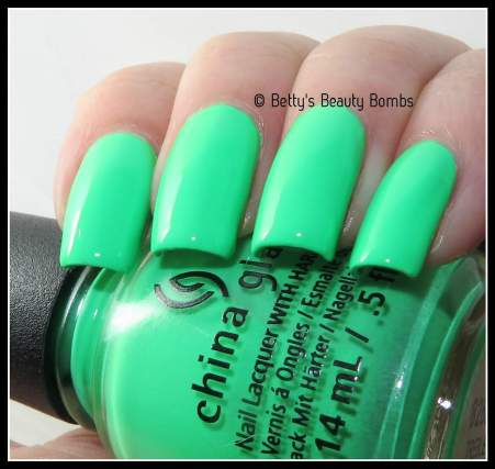 china-glaze-treble-maker-swatch
