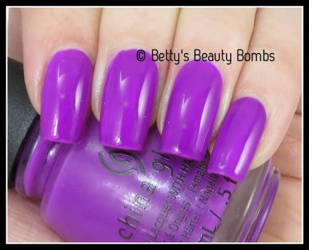 china-glaze-violet-vibes-swatch