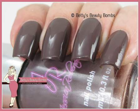 jessica-robertson-totally-taupe-swatch